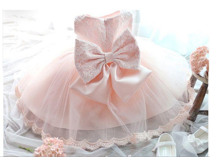 Aliexpress.com: HiBaby üzerinde Güvenilir boyalı elbise tedarikçilerden 2015 yeni doğmuş kız bebek elbise doğum günü vaftiz elbisesi düğün bebek elbiseleri dantel yay balo elbisesi sevimli bebek elbise ücretsiz nakliye Satın Alın