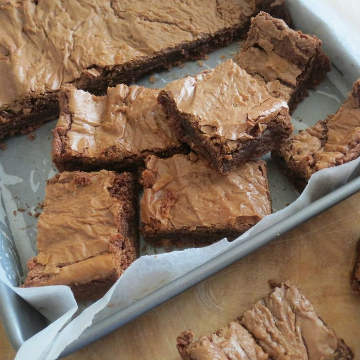These Chocolate Brownies by Melissa are deliciously crunchy on the outside and soft in the middle.