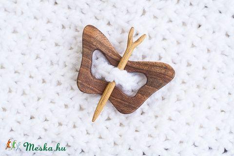 Pillangó formájú kitűző, Ruha, divat, cipő, Ékszer, óra, Kendő, sál, sapka…