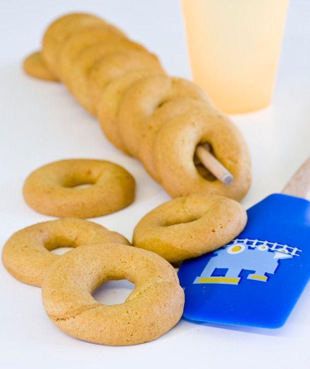 Νηστίσιμα κουλούρια, γευστικά και αρωματικά, για να κεράσουμε με τον καφέ ή να πάρουμε μαζί μας στη δουλειά.