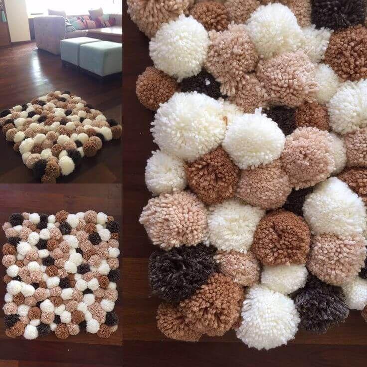 como fazer tapete de pompom na sala