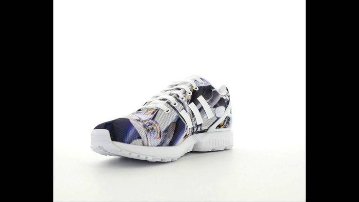 """Erkek Adidas İndirimli ZX FLUX Ayakkabı  Daha fazlası için; http://www.korayspor.com/sayfa-indirim/  """"Korayspor.com da satışa sunulan tüm markalar ve ürünler %100 Orjinaldir, Korayspor bu markaların yetkili Satıcısıdır.  Koray Spor Spor Malz. San. Tic. Ltd. Şti."""""""