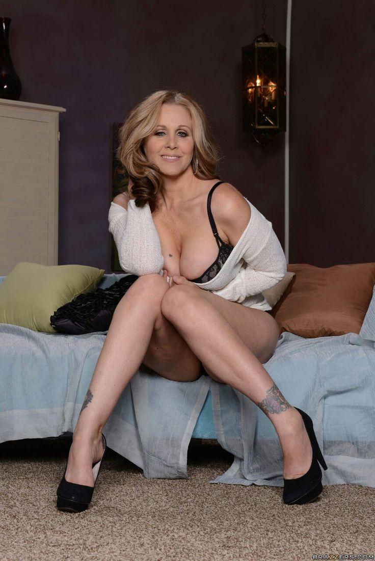 Julia ann being an hardcore sexy lady