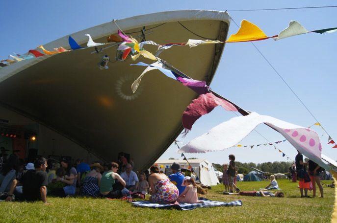 http://www.lilies-diary.com/ Elderflower-Field-Festival, Brighton, Sussex