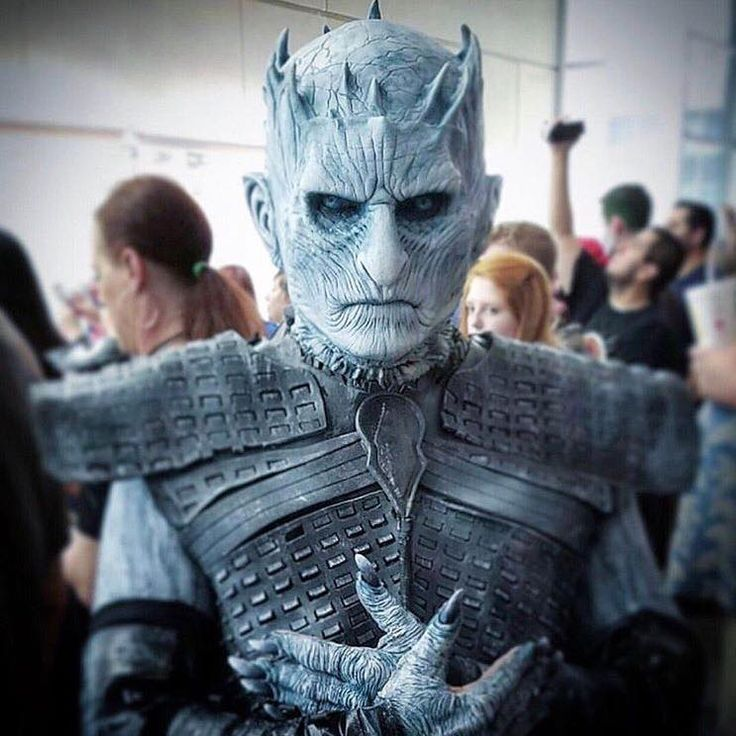 Amazing Night King by Imaginary FX by Kevin Lewis.   The Cosmunity costume contest winner at Fan Expo Dallas was on point. Major shoutout to Cosmunity for hosting this contest!!!     #dallasfanexpocontest#cosplay#nightking#nightskingcosplay#gameofthrones#got#winterhascome#cosmunity#cosplaycontest#awesomecosplay#dallasfanexpo#FXD17#fanexpodallas#iminlovewithcosmunity