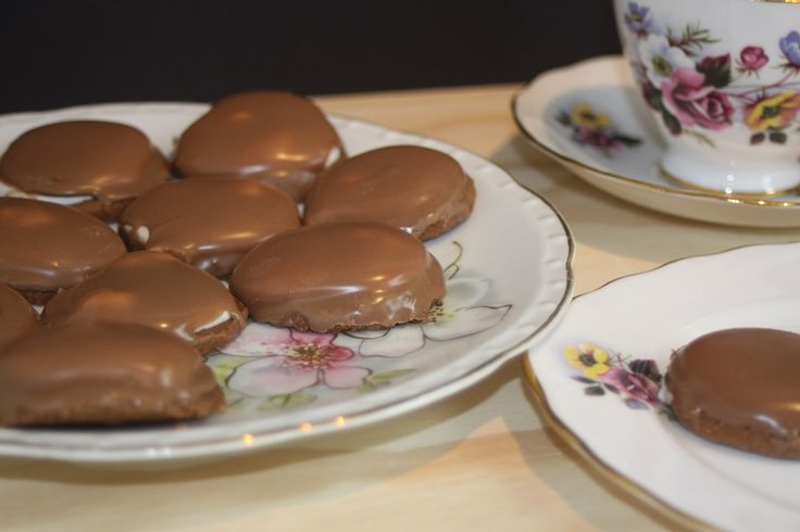 Chocolate Marshmallow Royal Biscuits