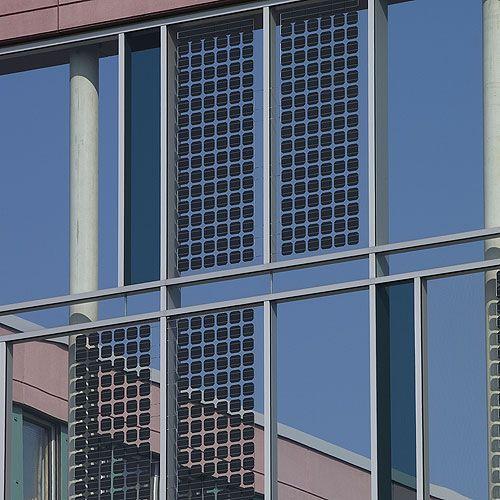 Panel Solar Fotovoltaico Para Fachada Ventilada Tax