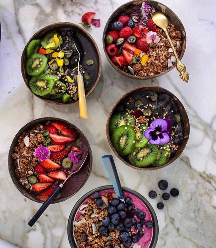 "873 Likes, 36 Comments - Jasmine (@earthyjasmine) on Instagram: ""morning goodness to share  açaí x dragon fruit x coconut charcoal smoothie bowls which one would…"" http://eatdojo.com/extreme-healthy-shakes-lose-weight-yummy/"