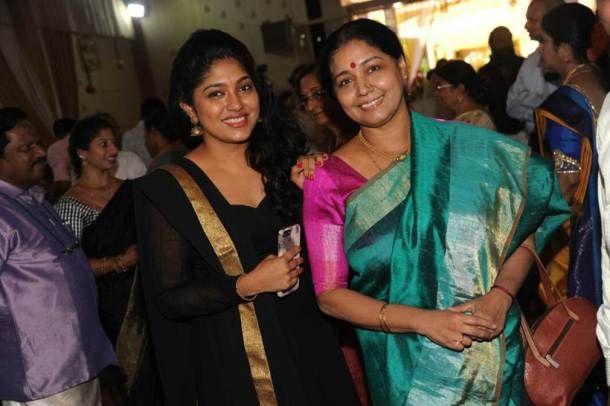 Kannada Actors Samyuktha Hornad And Sudha Belwadi Hindu Wedding Women Picture Perfect