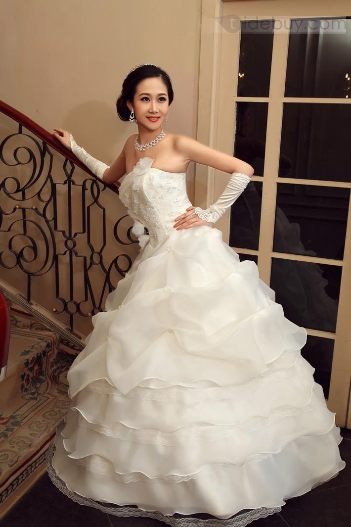 #Wedding Apparel #Wedding Dresses ,Flower Ball Gown Pick-ups Strapless Floor-length Wedding Dress.