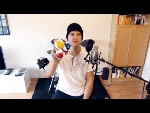 In diesem Video lernt ihr in wenigen Minuten, wie ihr mit 3 Bällen in der so genannten 3-Ball-Kaskade jonglieren könnt. Nur folgende 4 einfachen Schritte sin...