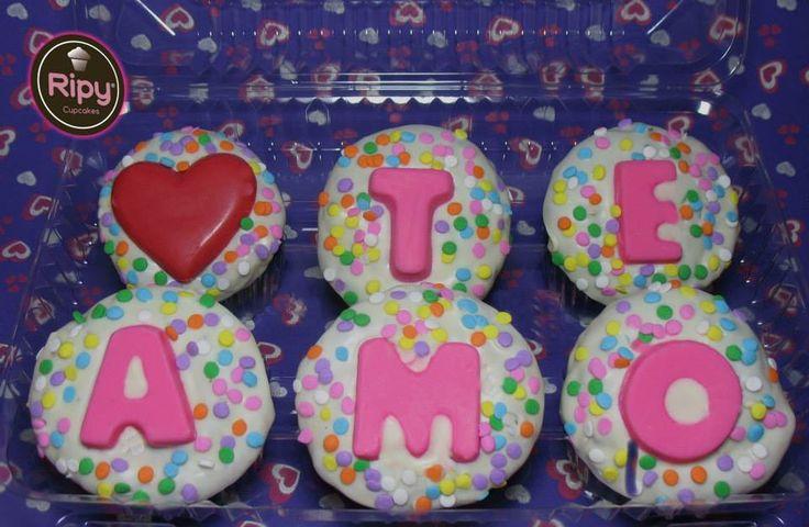 Un TE AMO con cupcakes.  Contactos Whatsapp : 301 500 63 86 - 301 461 34 58  Correo : ripycupcakes@gmail.com  Twitter : @RiPyCupcakes   PIN : 2A30884C - 2A408233
