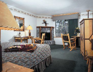 Big Bear Lake Hotel Rooms | Cabin-Inspired Big Bear Lodging