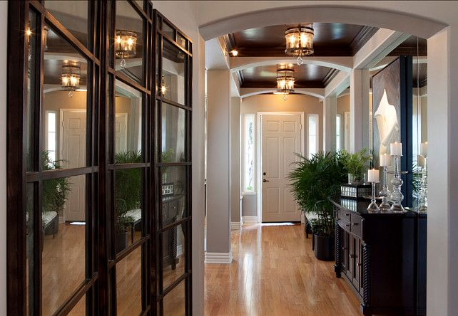 This hallway is so GORGEY!!! Puts a smile on my face. All I  can say is GORGEY,GORGEY,GORGEY,and more GORGEY!!!!