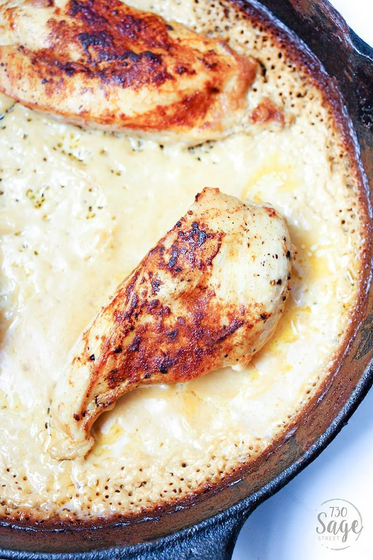 This rich and tart low carb creamy lemon chicken recipe is made in one skillet and is a delicious weekday keto dinner for busy schedules. #lowcarb #keto