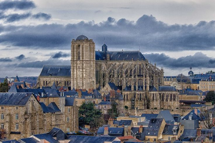Cathedral in Le Mans Sarthe France by *hubert61 on deviantART