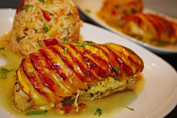 Guten Appetit. Hähnchenbrustfilet Florida.  http://www.chefkoch.de/rezepte/1105991216713058/Haehnchenbrustfilet-Florida.html