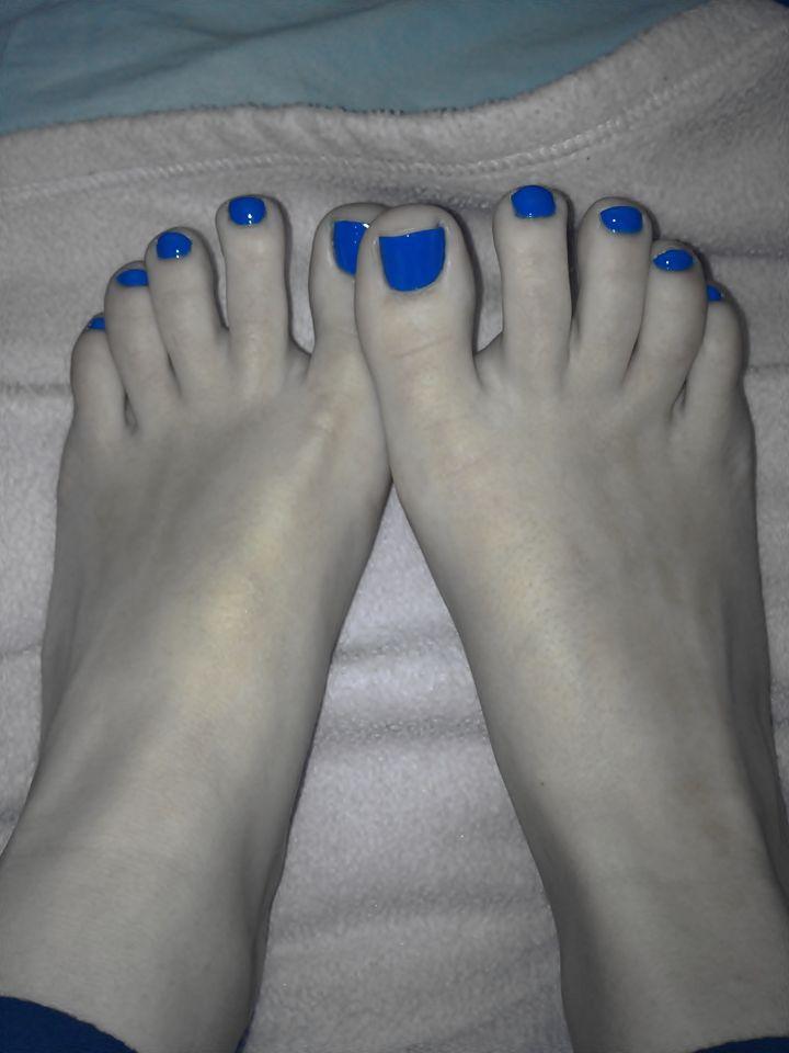 Happens. sexy girl feet selfie