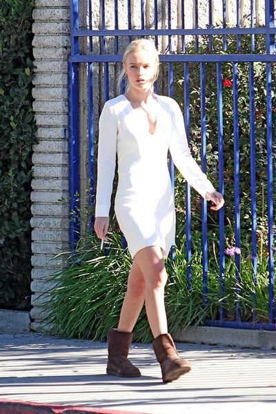 kate bosworth | smoking | Dresses with sleeves, Dresses ...