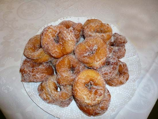 Roscos are typical in Holy Week in Nijar's area.