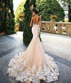 Wedding dress long train mermaid