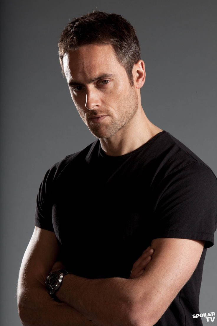 Stuart Townsend... The...