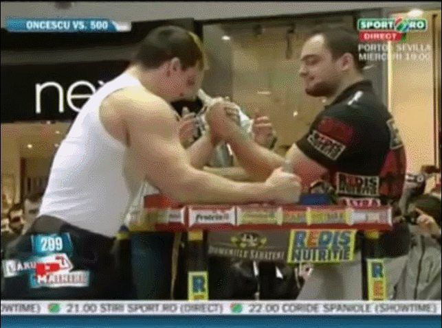 Romanians Pro armwrestler vs Pro bodybuilder http://ift.tt/1LyvSah Love #sport follow #sports on @cutephonecases