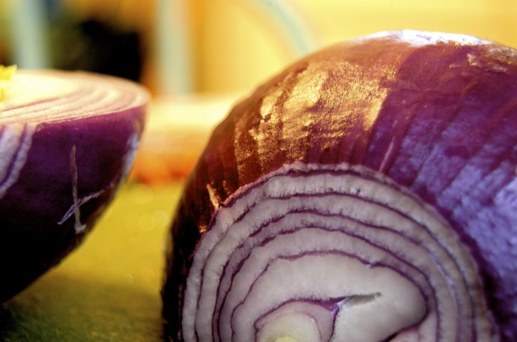 Red Onion: Photo Credit: Maureen Didde. Courtesy of CreativeCommons.com