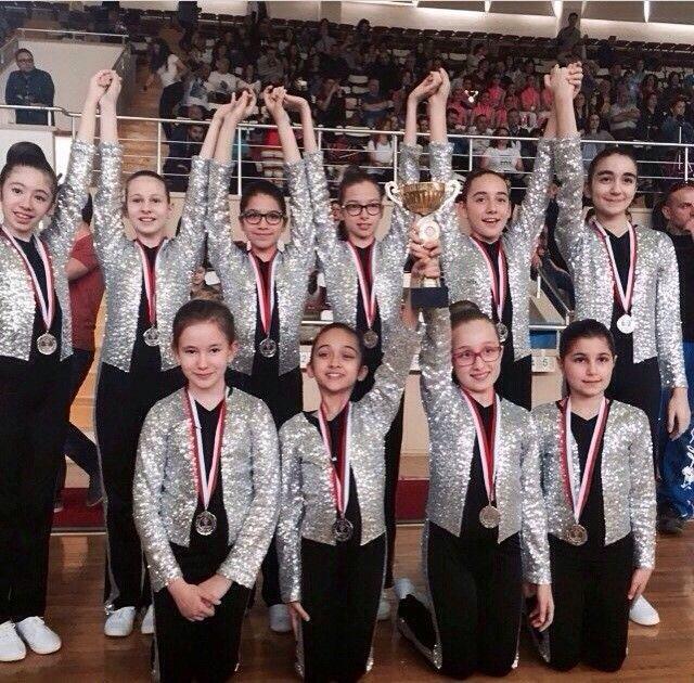 Gençlik Spor il müdürlüğünün düzenlediği okullar arası Step Aerobik İstanbul Şampiyonasında Küçük Kızlar kategorisinde, İstanbul 2.si olmuştur. Kocaeli' de yapılan Türkiye Şampiyonasında 10. olmuştur. Bilfen Koşuyolu 2014-2015
