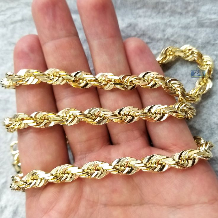 Do you know that rope style chains are perfect for both men & women? Shop our selection of gold & silver rope chains of the highest quality #jewelry #chain #necklace #gold #silver #fashion #style #blogger #stylist #custom #bespoke #luxury #lifestyle #jeweler #nyc #design #goldchain #menschain #womenschain #gift #shopping #sale #discount #deal #apparel #wardrobe #accessory #classic #ropechain #ropenecklace #ropelink