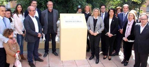 Almuñécar celebra el Día de Andalucía con el izado de la bandera y la inauguración de la plaza Nelson Mandela