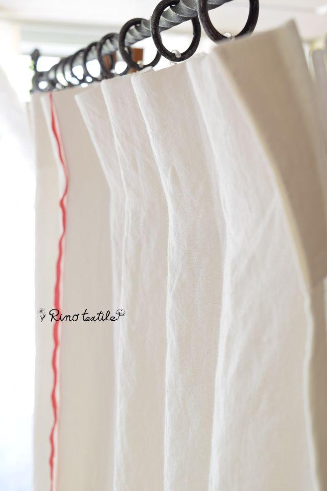 【アクセントライン ルージュ】 フラット プレーンカーテン 赤いラインとゴツゴツした風合いが楽しめるリネン。ハードさがかっこいい男前なカーテン。 #リネンカーテン