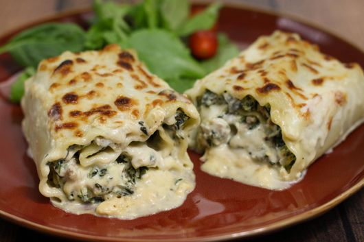 lasagna alfredo roll ups with spinach and italian sausage recipe....... The original recipe was vegetarian, so the meat is optional, but I love it with the addition of Italian sausage or chicken