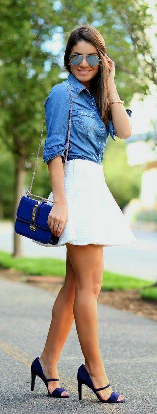 Mini saia branca e blusa jeans #supercombinou