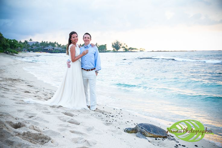 Kukio Wedding Photographer A great beach on the west side of the Big Island Hawaii is Kukio Beach.  It is located next to the Four Seasons Hualalai and offers beautiful sand, turtles, a look out point and lava rock. #weddinginspiration  #wedding  #hawaiiwedding  #beachwedding  #bigislandweddingphotographer #konaweddingphotographer #hawaiiweddingphotographer #hawaiiphotographer #destinationwedding #konaphotographer  www.eyeexpression.com