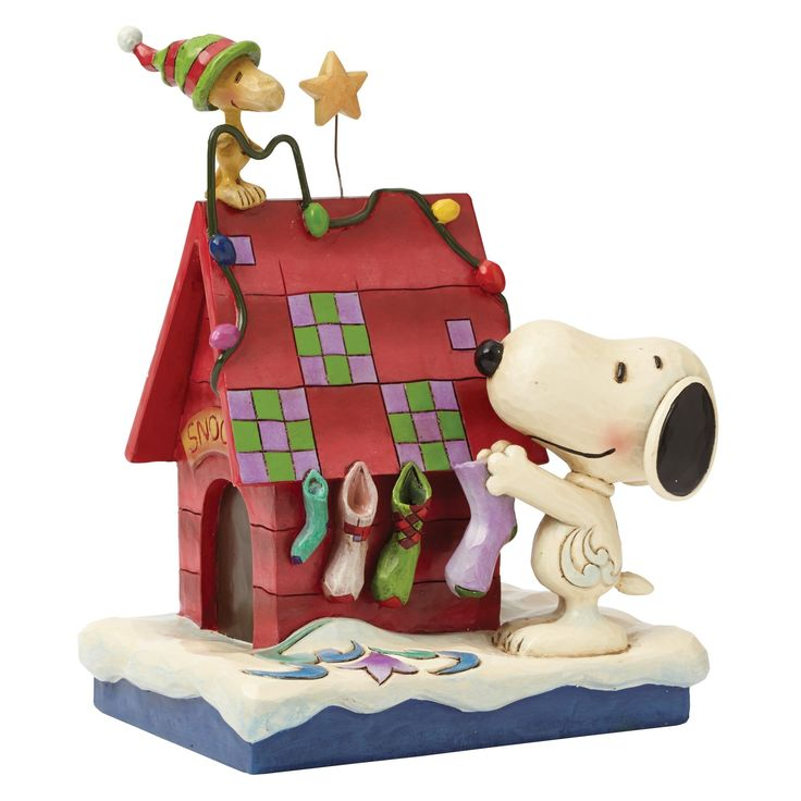 Peanuts Snoopy Decorating with Woodstock