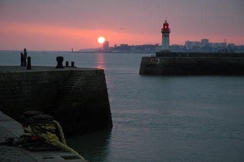 Entrée du Port de Saint-Nazaire, Loire-Atlantique. Brittany