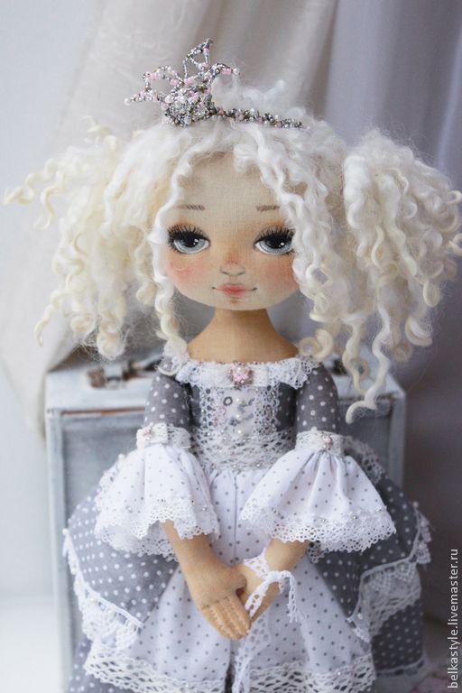 Нежная принцесса - серый,принцесса,птица,кукла ручной работы,кукла интерьерная