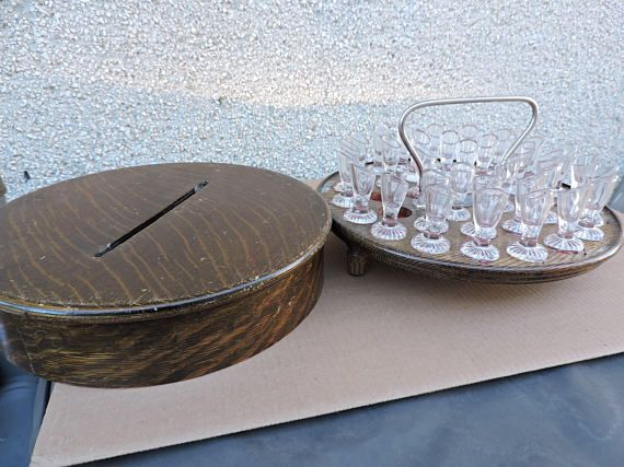 Le Page Individual Communion Cup Church Set in Wooden Tray Box