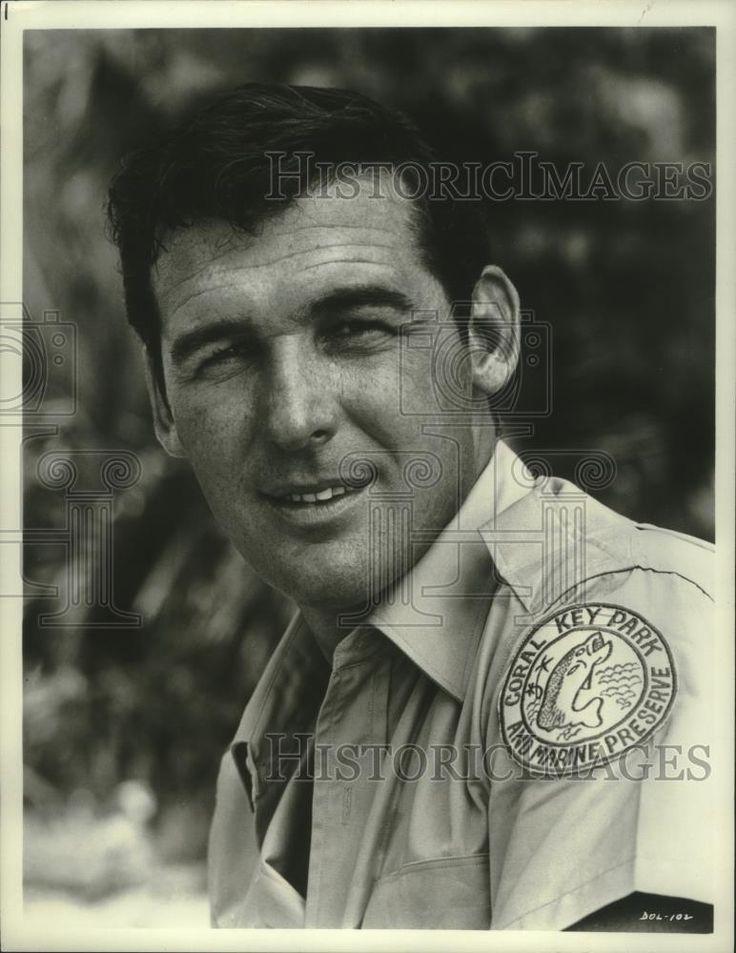 """1965 Press Photo """"Flipper"""" star Brian Kelly - mjx58025"""