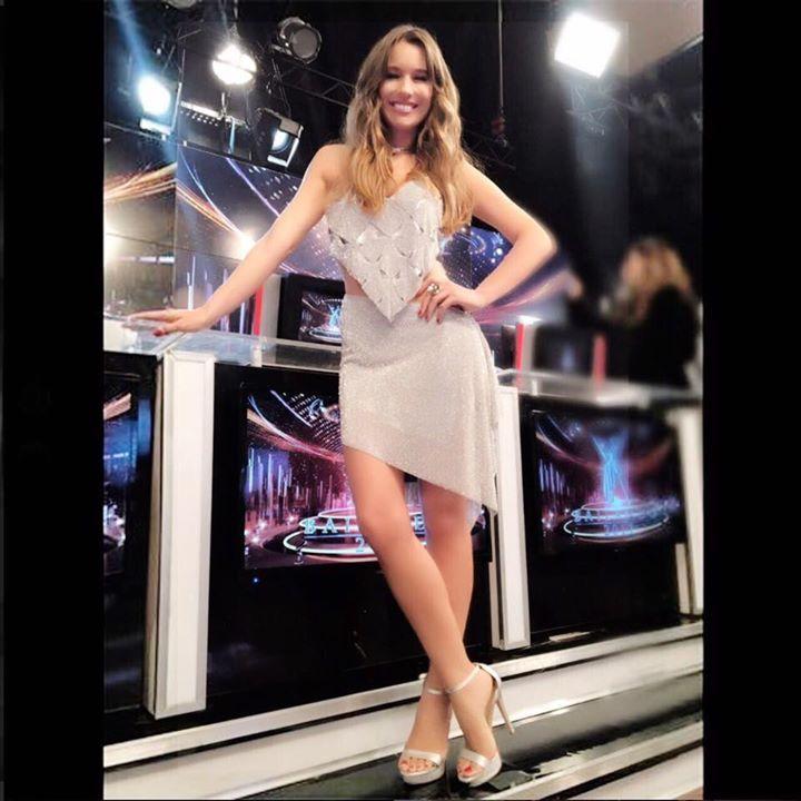 LVE PAMPITA con sus #SARKANY Carolina ayer en eltrece - Showmatch - Pampita Oficial
