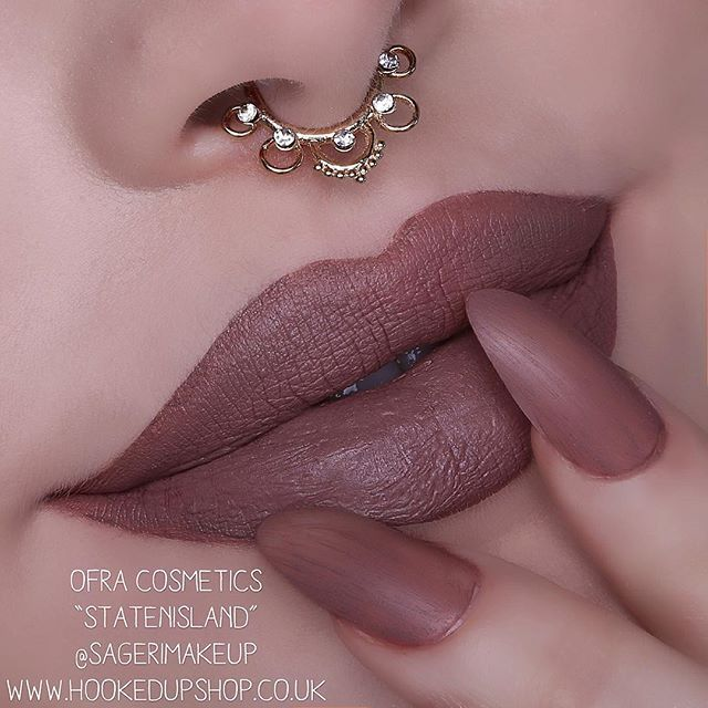 @ofracosmetics Staten Island liquid lipstick swatched for uk stockist @gemwrightbeauty !  For anyone in the US you can get your lippies from ofra cosmetics.com  Absolutely love this shade. Please know that this shade can look different in every skin tone. I am a Mac NW13 for reference X