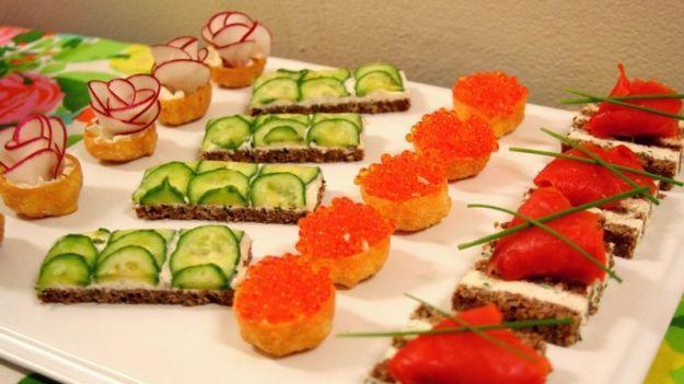 Finger food veloci e light, le 7 ricette per sorprendere le amiche