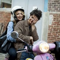 "Pierre Niney and Virginie Efira in ""20 ans d'écart"""