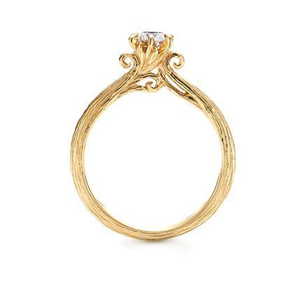 ケイウノの商品情報(結婚指輪・婚約指輪)  大阪での結婚指輪・婚約指輪 ... ノヴェッロ¥354,500: ジュエリー/婚約指輪 枝葉を伸ばす樹木のように、ふたりの未来が健やかに伸び広がっていきますように…。 素材:K18イエローゴールド, Dia0.3ct