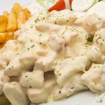 25 perces fokhagymás-tejszínes csirkemell - Egyszerű és gyors ebéd szombatra: Ezzel a gyors recepttel biztos, hogy sikert aratsz!
