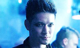 Cat eyes ... From the tv serie Shadowhunters ... the mortal instruments, magnus bane, shadowhunters, harry shum jr