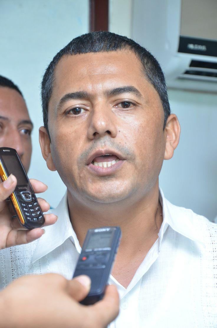 Hoy   es  Noticia: José María Ballesteros: Continua reestructurando s...