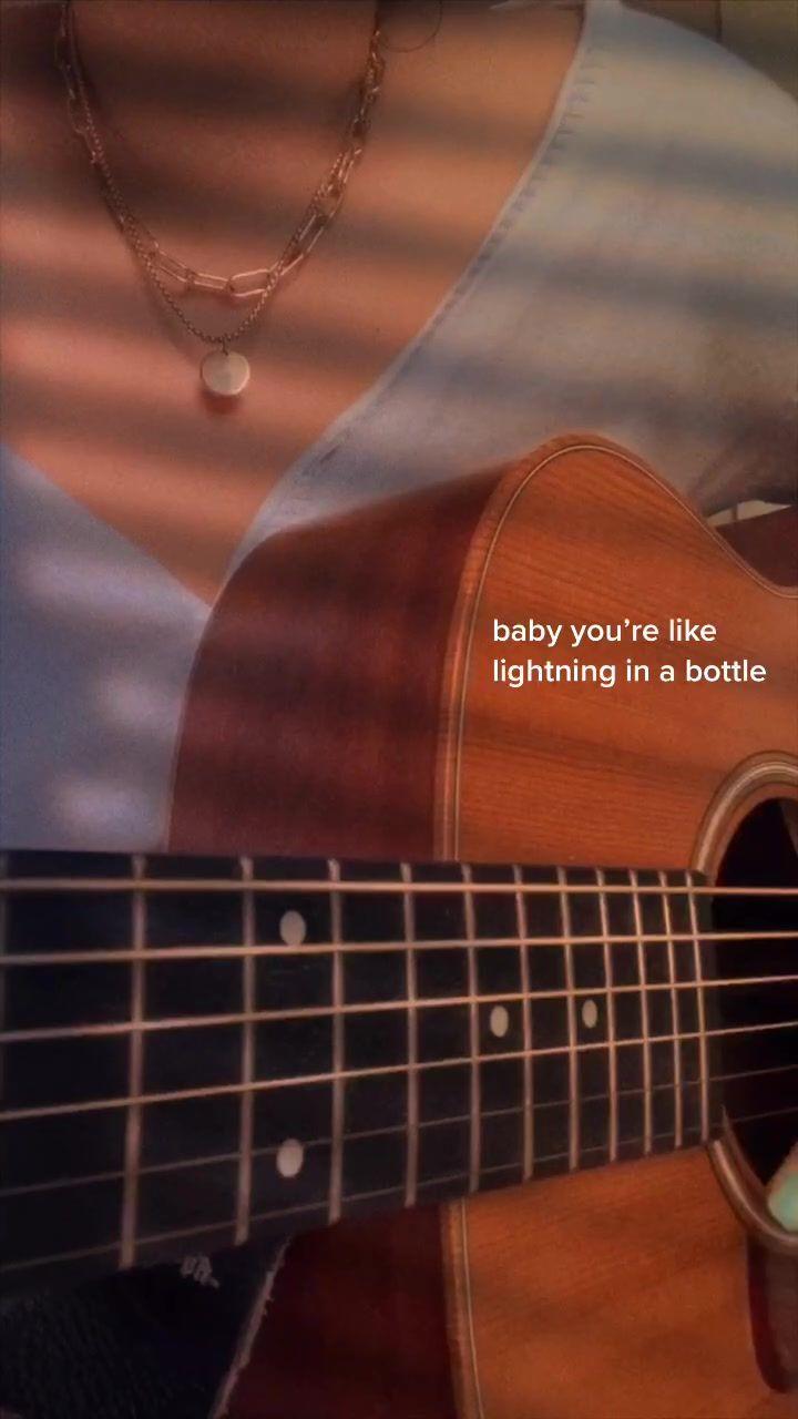 Leah Leahsuh Telah Membuat Video Pendek Di Tiktok Dengan Musik Original Sound I Had Someone Request This Song So Here It Is Di 2020 Lagu Gitar Lagu Buku Musik