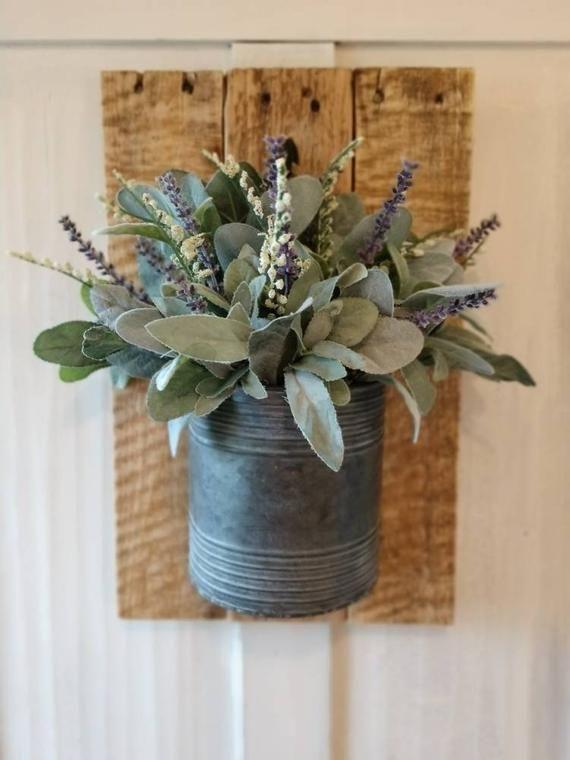 Farmhouse Decor,modern Farmhouse decor,wall hanging reclaimed wood,wall hanging reclaimed wood, galvanized pail, floral arrangement, whimsic